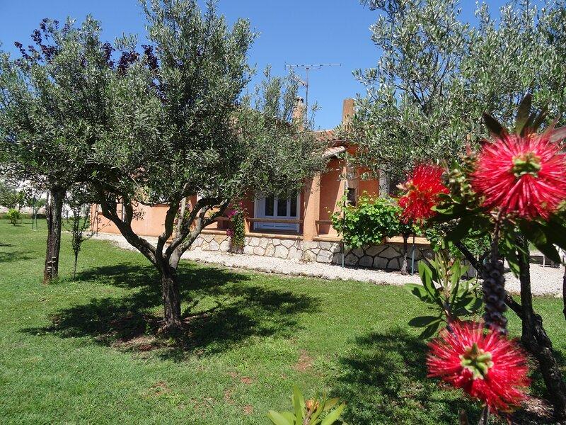 Villa complète ' le mas de pouverel' Provence verte, location de vacances à Gonfaron