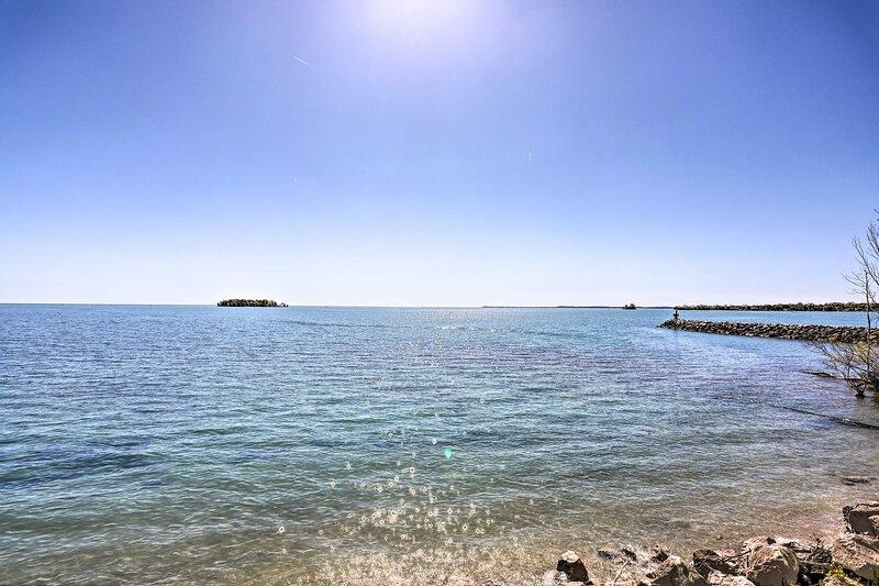 NEW! Cozy Middle Bass Island Getaway on Lake Eerie, location de vacances à Pelee Island
