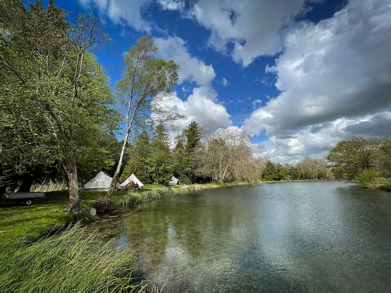Avington Glamping | Tent 1 - Sea Shanty, holiday rental in Winchester