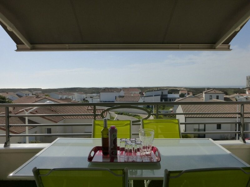 Appart 2 pièces 4 couchages SAINT GILLES CROIX DE VIE, holiday rental in Givrand