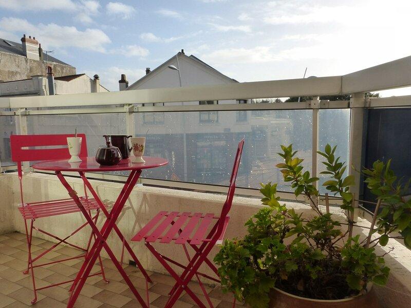 Appart 3 pièces 4 couchages SAINT GILLES CROIX DE VIE, holiday rental in Le Fenouiller