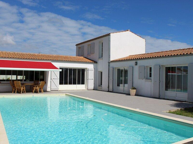 Mais 4 pièces Oléron 6 couchages LA BREE LES BAINS, holiday rental in La Bree-les-Bains