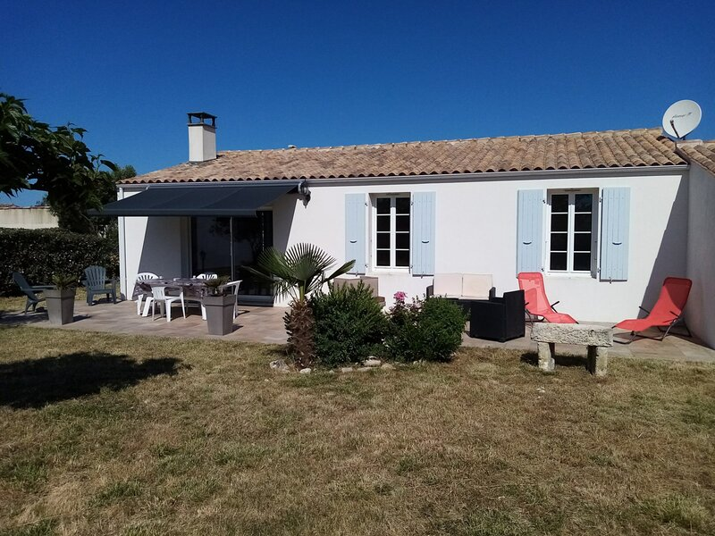 Ile d'Oléron (17) - Saint Denis d'Oléron - Maison 10 couchages, casa vacanza a Saint-Denis d'Oleron