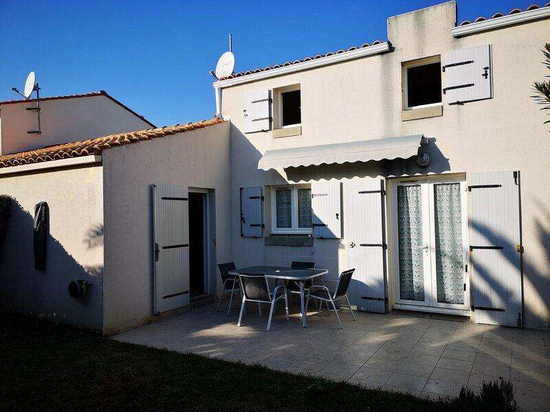 Mais 3 pièces Oléron 6 couchages SAINT PIERRE D'OLERON, location de vacances à La Cotinière