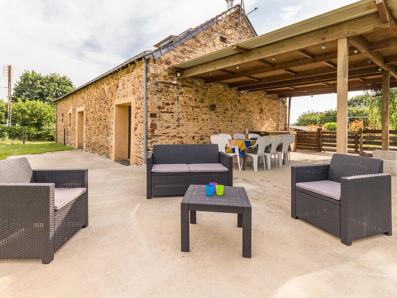 Le P'tit vallon dort, holiday rental in Armaille