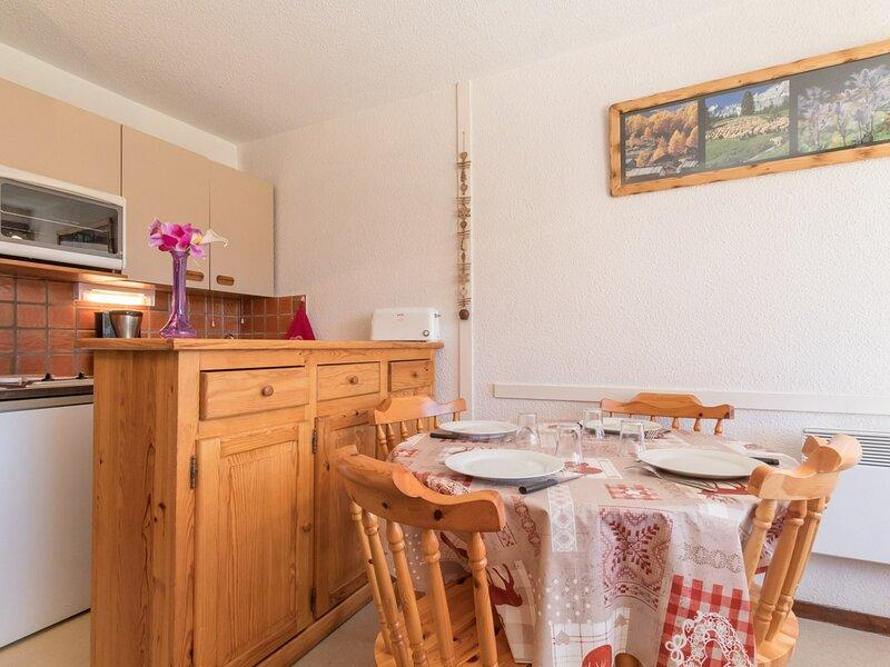 Location vacances en familles 4 Pax. Montgenèvre, vacation rental in Cervieres