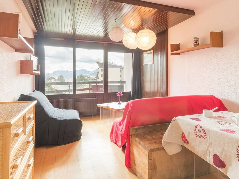 Appartement au ski 2 Pax. Montgenèvre., holiday rental in Cesana Torinese
