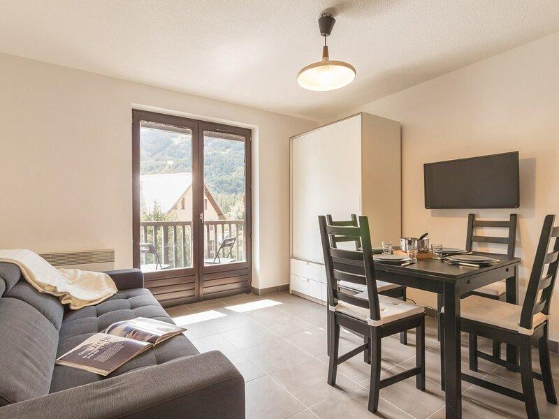 Studio coin montagne 4 couchages LE MONETIER LES BAINS, location de vacances à Le Monetier-les-Bains