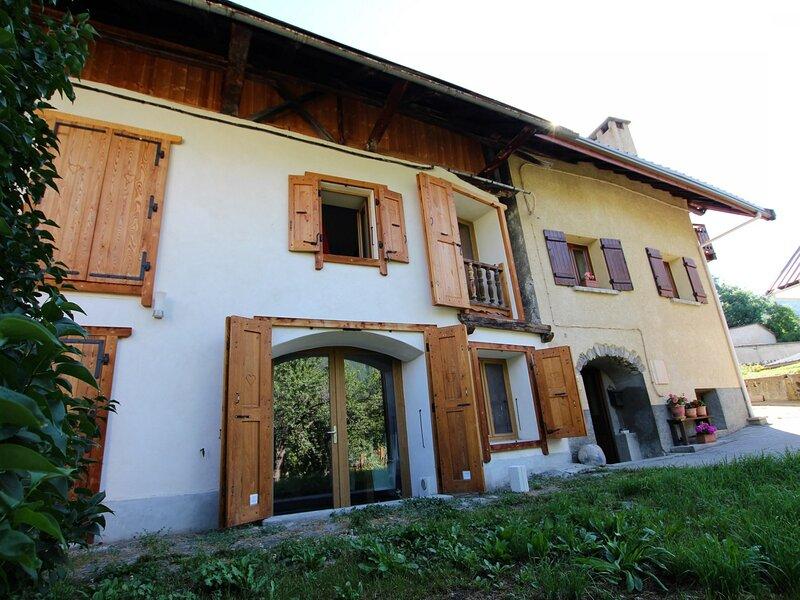 Maison individuelle 10 couchages LE MONETIER LES BAINS, holiday rental in Le Monetier-les-Bains