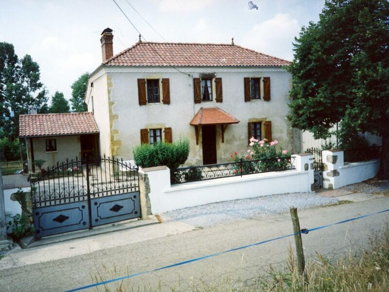 Maison Bordenave, vacation rental in Theze