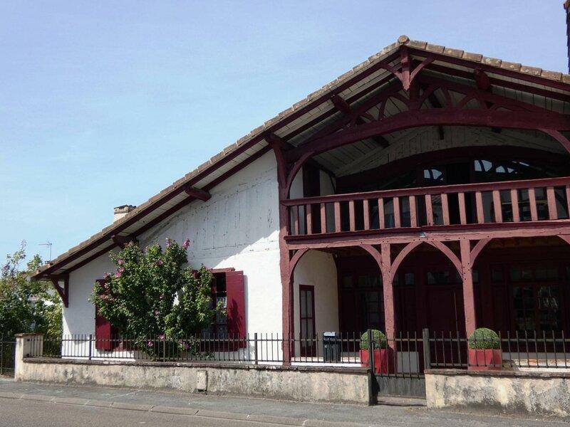 Gîte Geneviève d' Aubin, holiday rental in Labrit