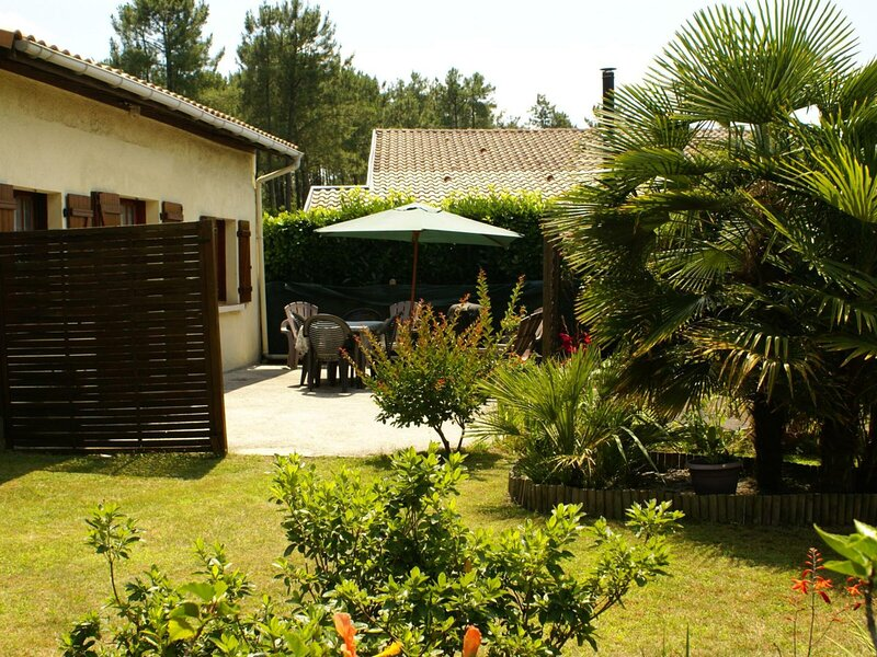 Gîte des Pignons, vacation rental in Liposthey