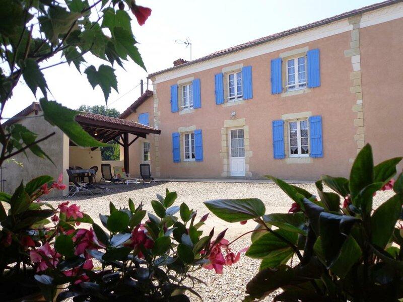 Maison Camé - Le Pressoir, location de vacances à Amou
