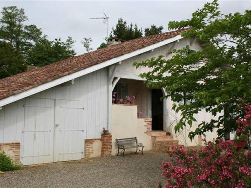 Petit Rimbez, holiday rental in Lahosse
