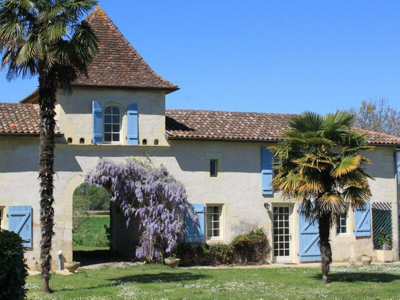 Pigeonnier du Rau, holiday rental in Clermont