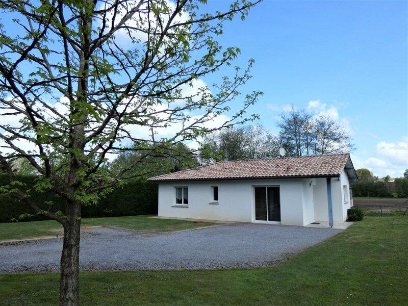 Gîte de Lescle, location de vacances à Saint-Jean-de-Marsacq
