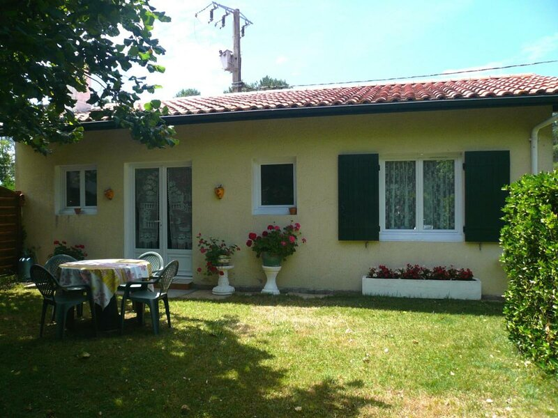Gîte Lamarque, holiday rental in Pontenx-les-Forges