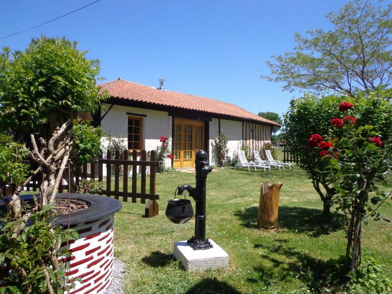 Lo Bonur es dens lo Prat, holiday rental in Soustons