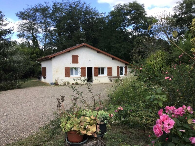 Maison Bray, holiday rental in Clermont