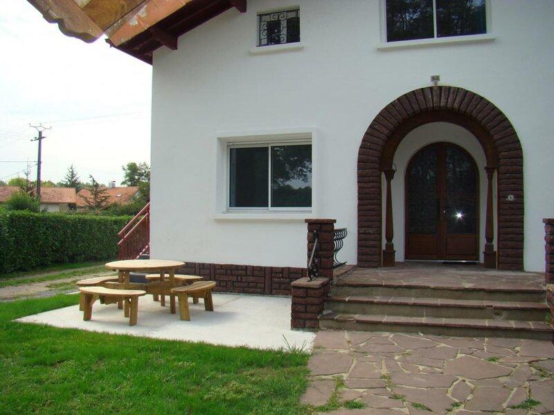 Gorria Etxea, location de vacances à Prechacq-les-Bains