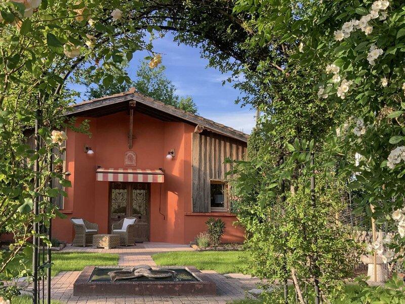 Gîte Les Roses à Petit Pontbiel, location de vacances à Rion-des-Landes