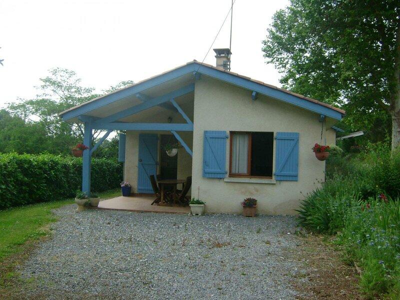 Location Gîte Mouscardès, 3 pièces, 4 personnes, location de vacances à Amou