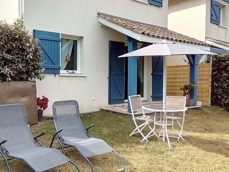 Location Gîte Bias, 3 pièces, 4 personnes, holiday rental in Bias