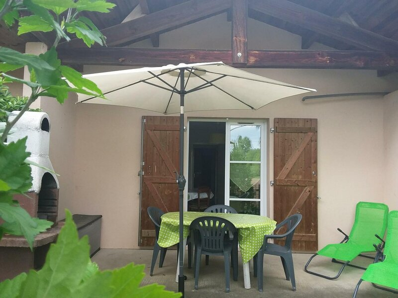 Petit Maury, holiday rental in Saubrigues