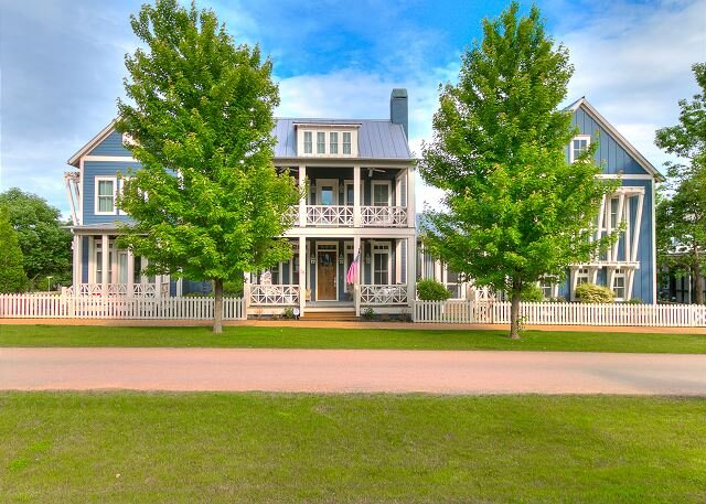 Carlton Landing-Spacious home on Boulevard, holiday rental in Longtown