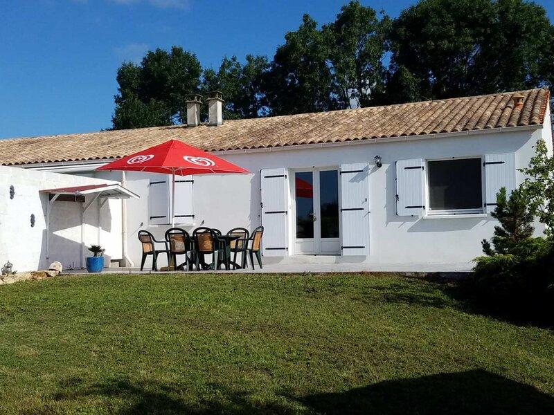 SAINT LAURENT DE LA PREE, holiday rental in Ardillieres