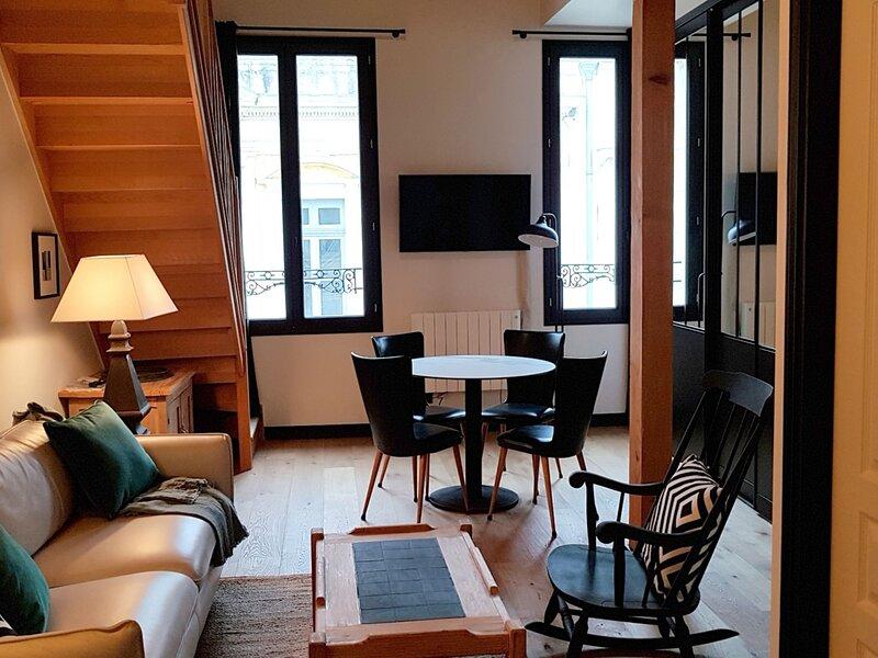 ROCHEFORT - CENTRE VILLE, holiday rental in Vergeroux