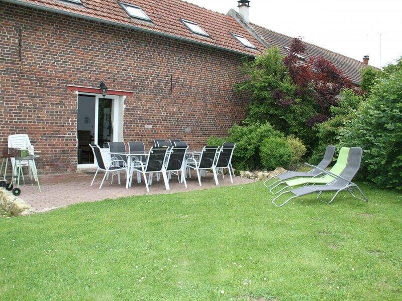 La barrique, holiday rental in Pronleroy