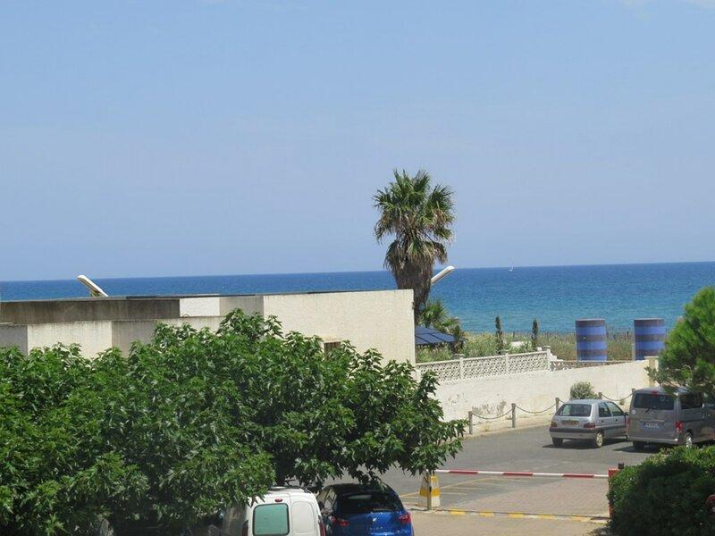Superbe appartement vue mer avec accès parking  6SAR121B – semesterbostad i Port Leucate