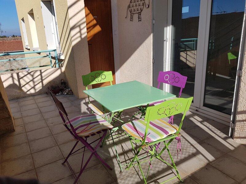 Location saisonnière - REF0115 - T3 de 60m² Classé 3 étoiles, holiday rental in Balaruc-le-Vieux