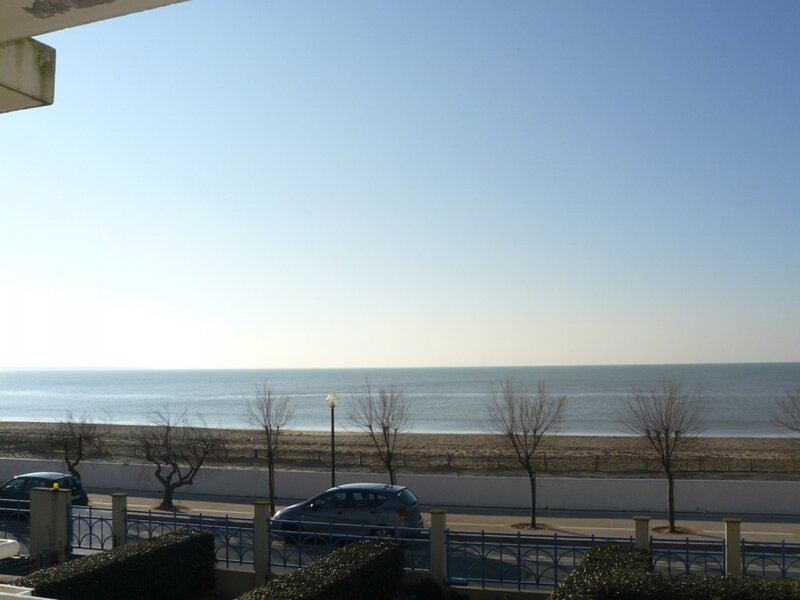 T3 4 PERSONNES - VUE MER - CHATELAILLON PLAGE, holiday rental in Salles sur Mer