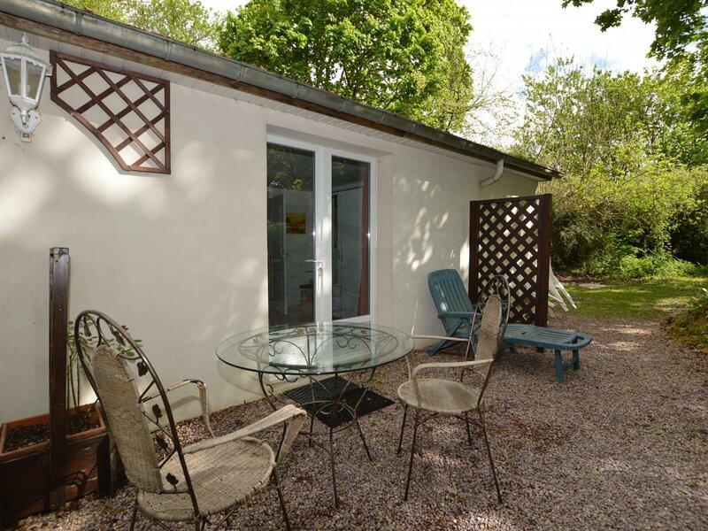 Studio du Manoir, vacation rental in St Suliac