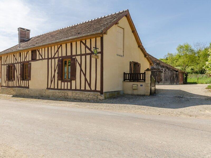 Au Creux de la Colline, holiday rental in Lesmont