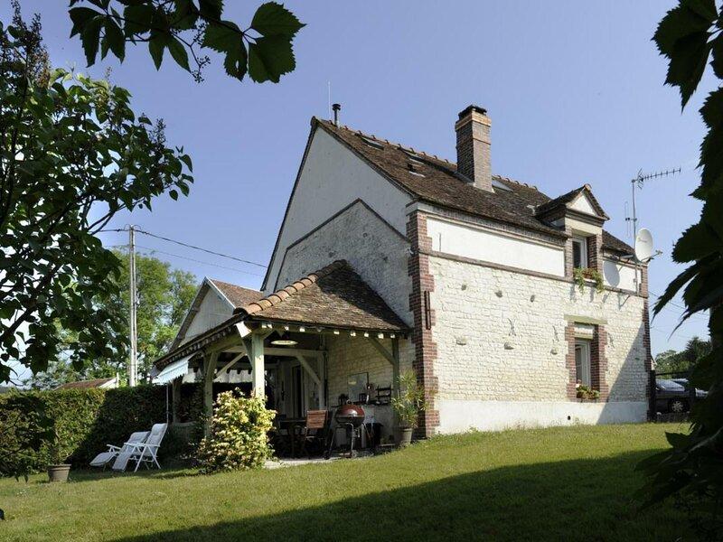 La Salle de Danse, holiday rental in Saint-Mards-en-Othe