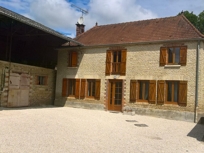 Le Gîte de la Boderonne, holiday rental in Magnant