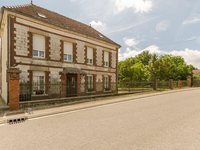Les Cas Rouge, holiday rental in Saint-Mards-en-Othe