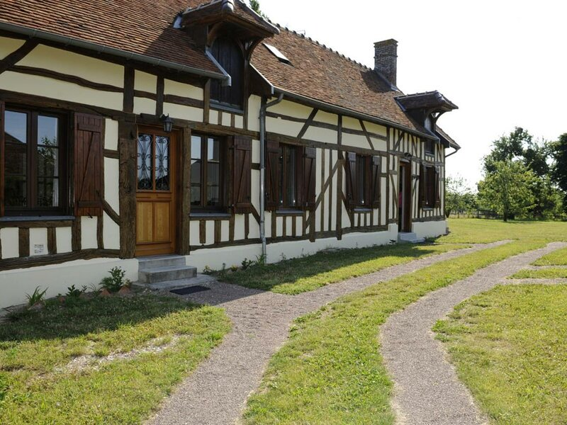 Le Petit Logis du Charron, holiday rental in Lesmont