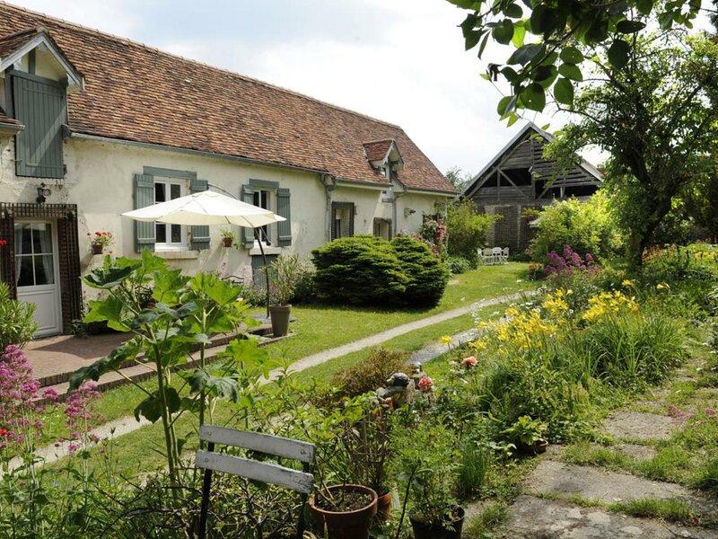 Le Relais de Poste, holiday rental in Clerey