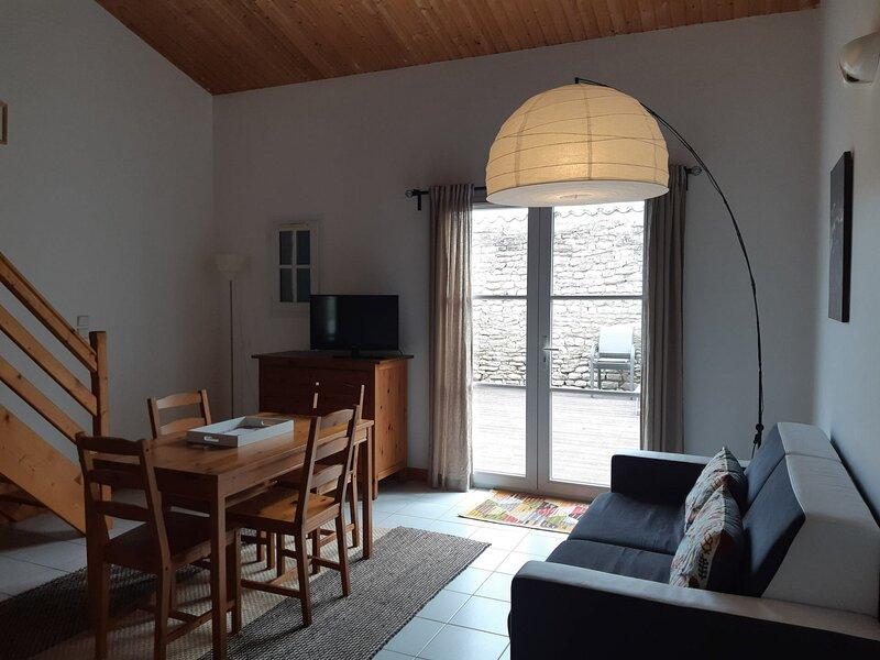 Superbe studio avec terrasse privative à proximité du port de Saint Martin de Ré, location de vacances à Saint-Martin-de-Ré