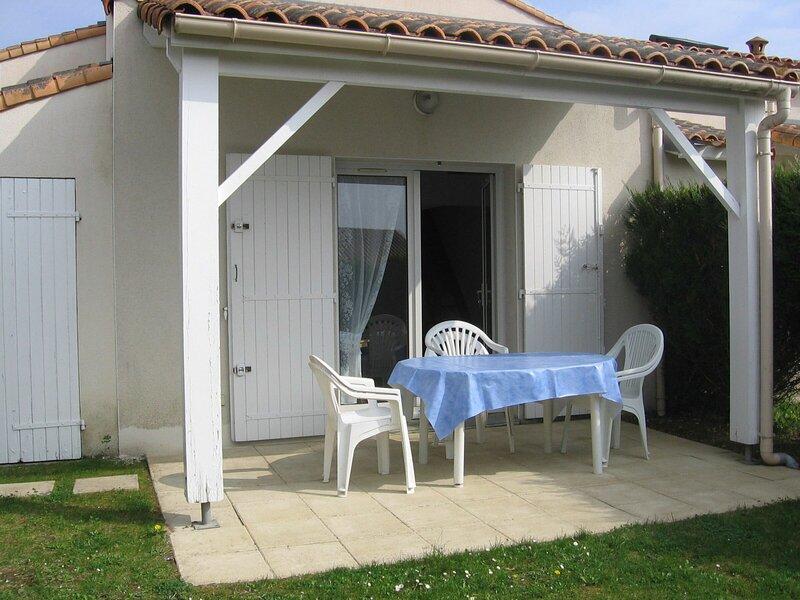 MAISON DE VACANCES, holiday rental in Saint-Augustin