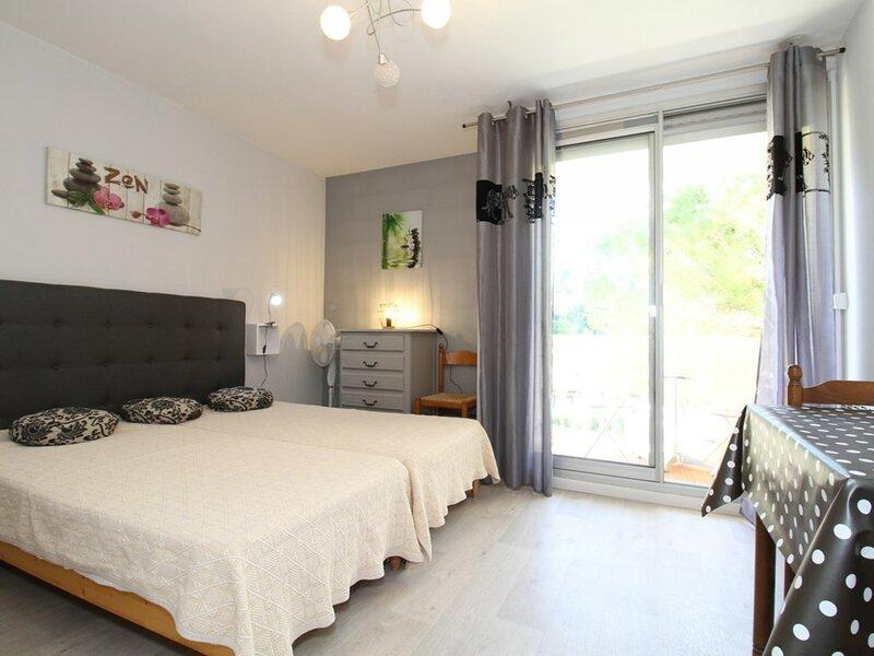 Studio - RESIDENCE LE CAPRICORNE, casa vacanza a Balaruc-les-Bains