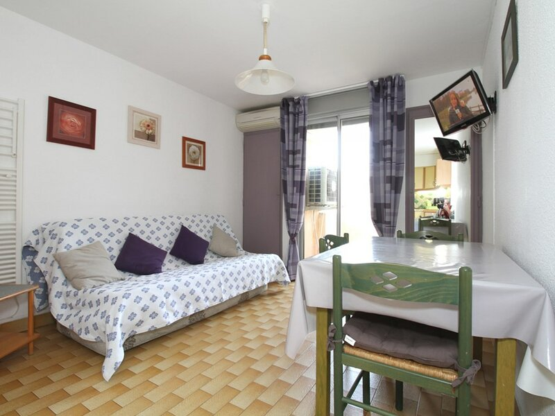 Appartement T2 - RESIDENCE DU PORT, holiday rental in Balaruc-le-Vieux