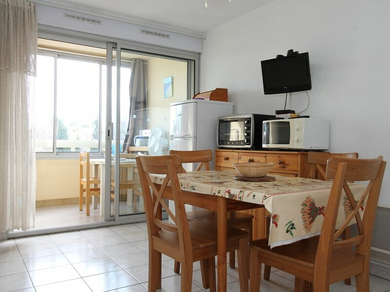 Appartement T2 - RESIDENCE LES SOURCES, holiday rental in Balaruc-le-Vieux