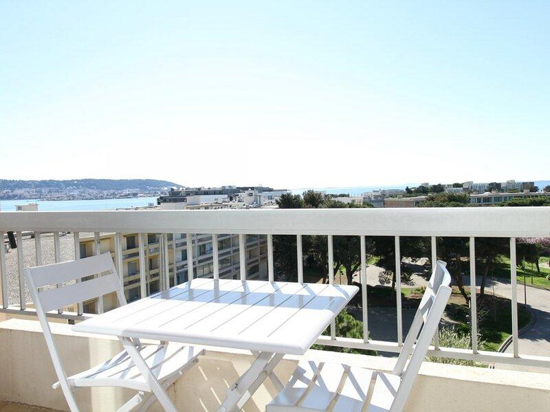 Appartement T1 - Résidence SEVIGNE THERMAL, casa vacanza a Balaruc-les-Bains