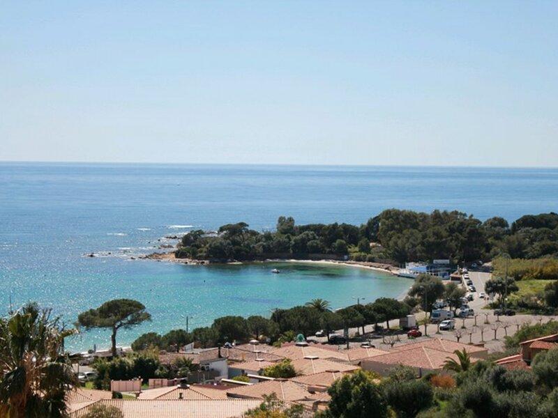 AJACCIO - Très beau studio face à la plage de Marinella ST-K4, holiday rental in Villanova