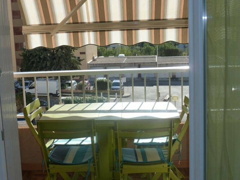 AJACCIO- Bel appartement  entrée de ville F2-PELICAN, holiday rental in Mezzavia